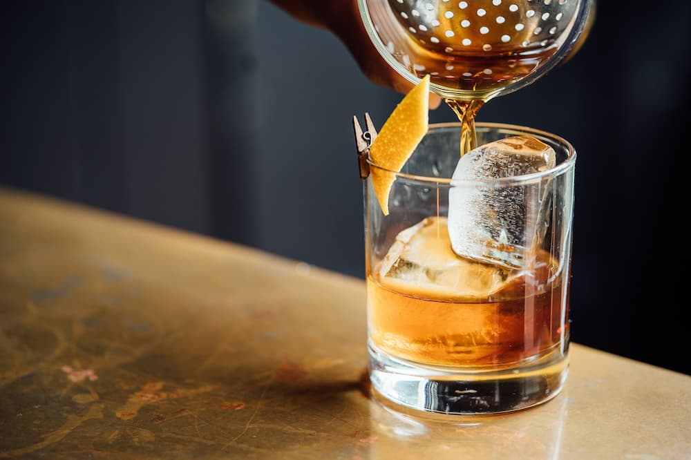 How To Enjoy A Glass Of Whiskey